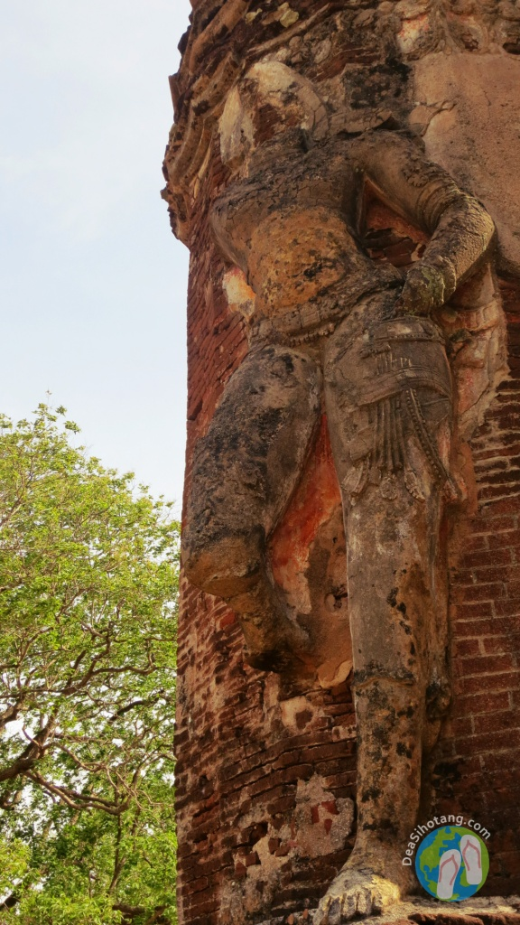 visit-the-ancient-city-polonnaruwa10
