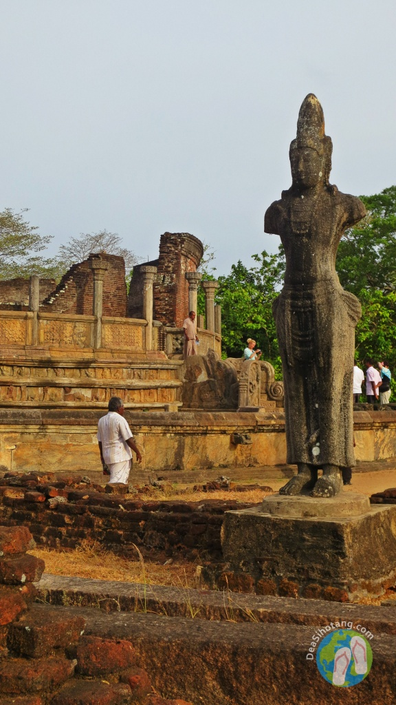 visit-the-ancient-city-polonnaruwa19