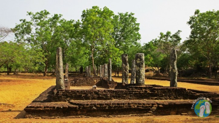 visit-the-ancient-city-polonnaruwa26