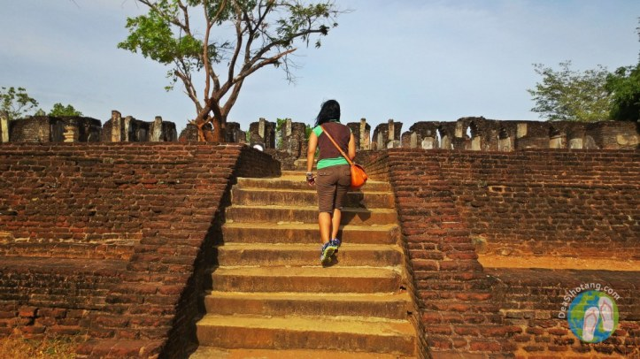 visit-the-ancient-city-polonnaruwa28