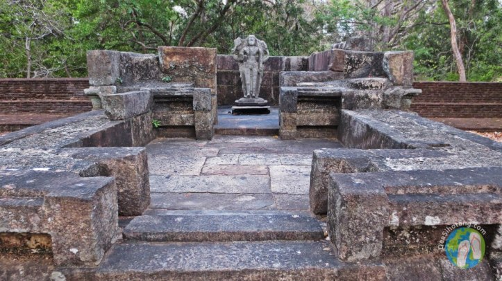 visit-the-ancient-city-polonnaruwa3-2
