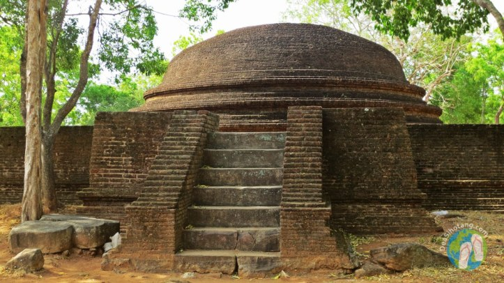 visit-the-ancient-city-polonnaruwa8