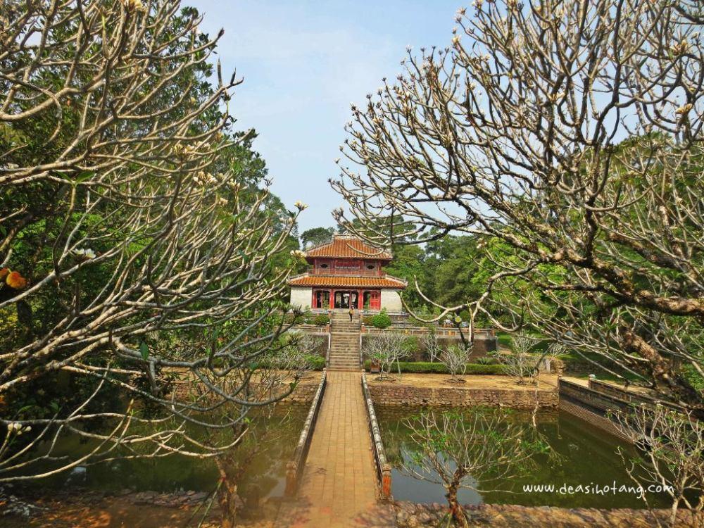 Hue-and-Danang-Vietnam (23)
