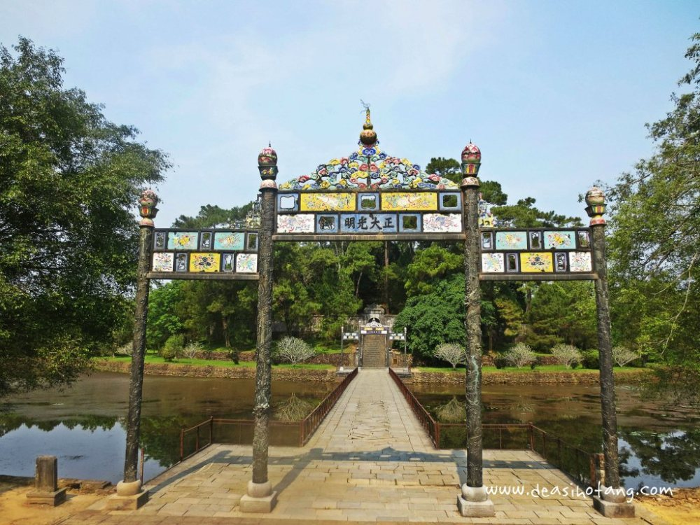 Hue-and-Danang-Vietnam (25)