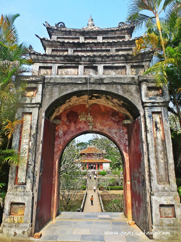 Hue-and-Danang-Vietnam (28)