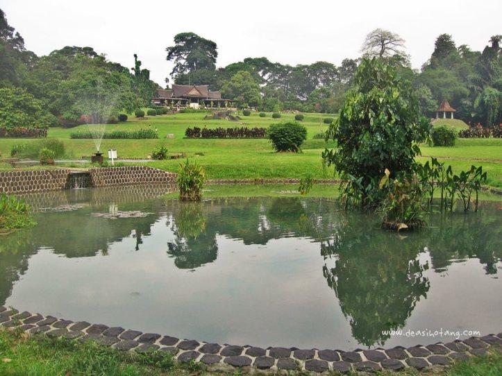 018-Bogor Botanical Gardens (Kebun Raya Bogor)-DeaSihotang
