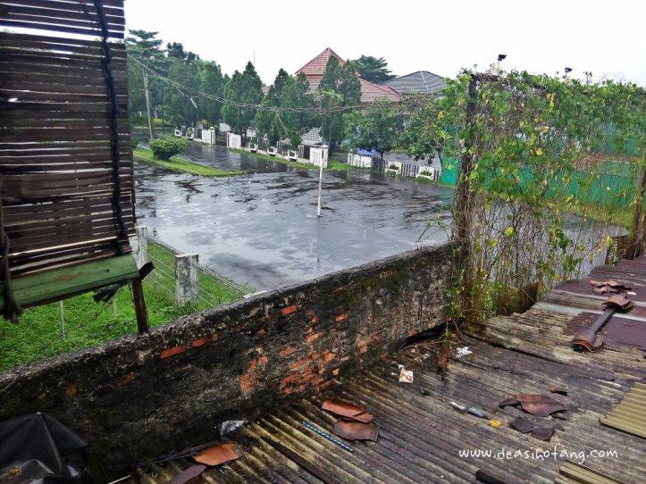 Cibeureum-Waterfalls-West-Java (1)