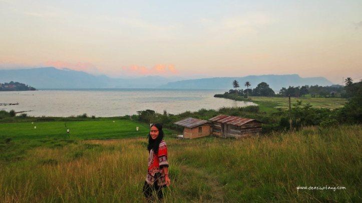 Cycling-Around-Tuktuk-North-Sumatra (13)