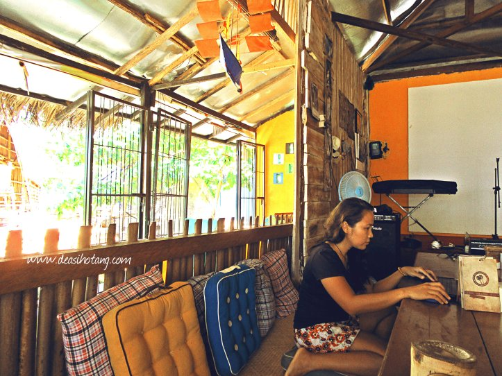 OCD-Beach-Cafe-Kupang (19)